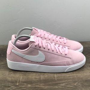 NEW Nike Blazer Low SD
